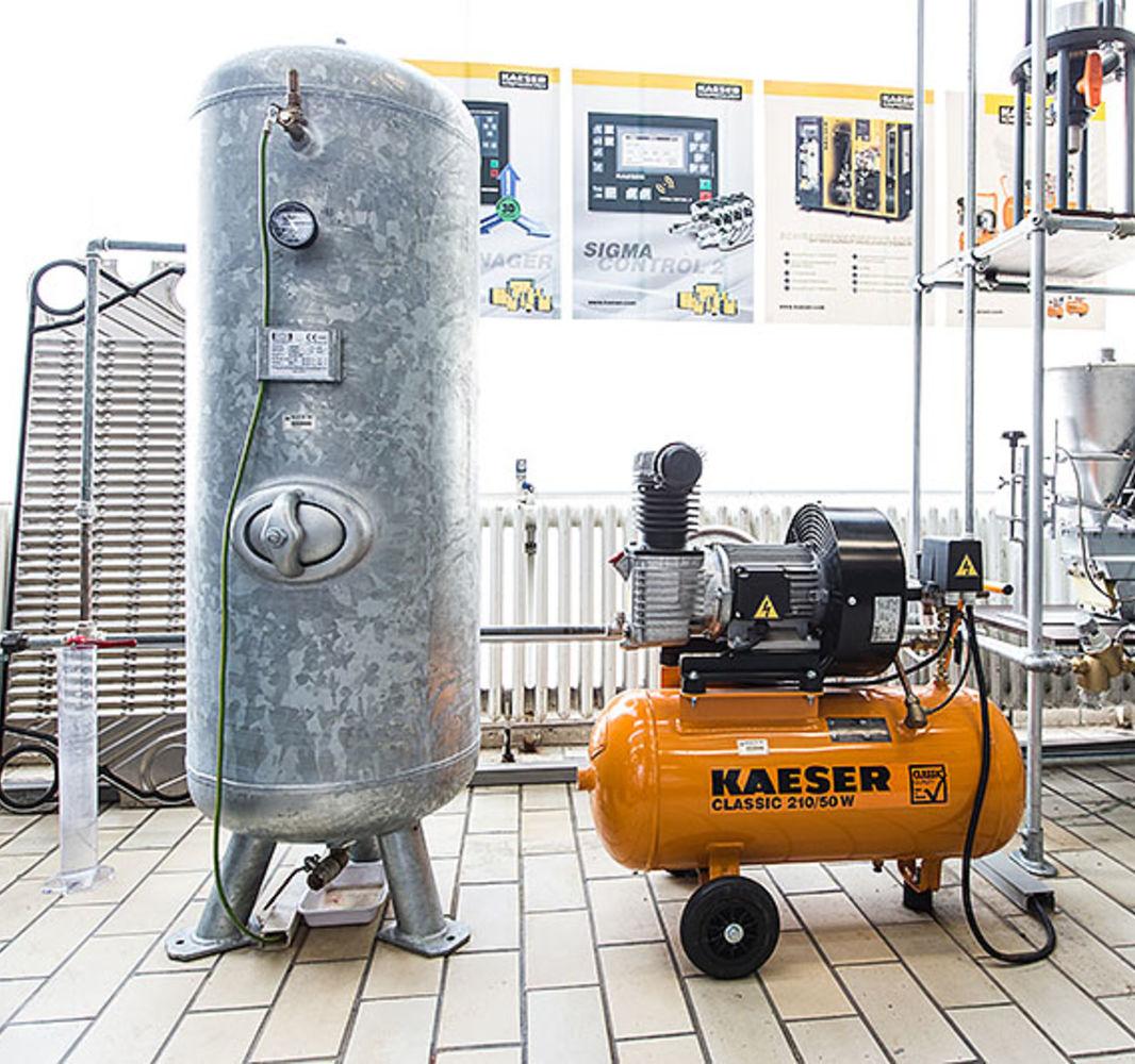 Kolbenkompressor 2,2kW und Pufferbehälter